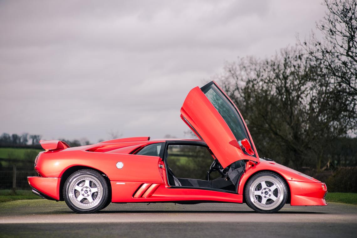 1999 Lamborghini Diablo SV - último fabricado_lateral_puerta abierta