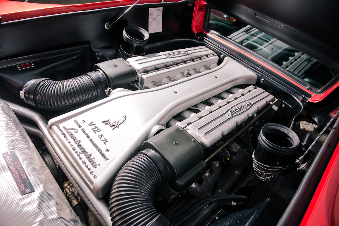 1999 Lamborghini Diablo SV - último fabricado_motor