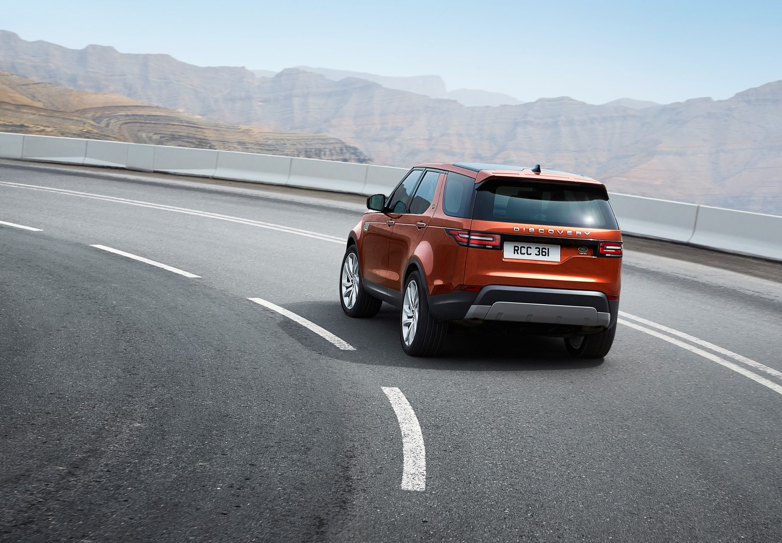 land rover discovery_dynamicroad28091605