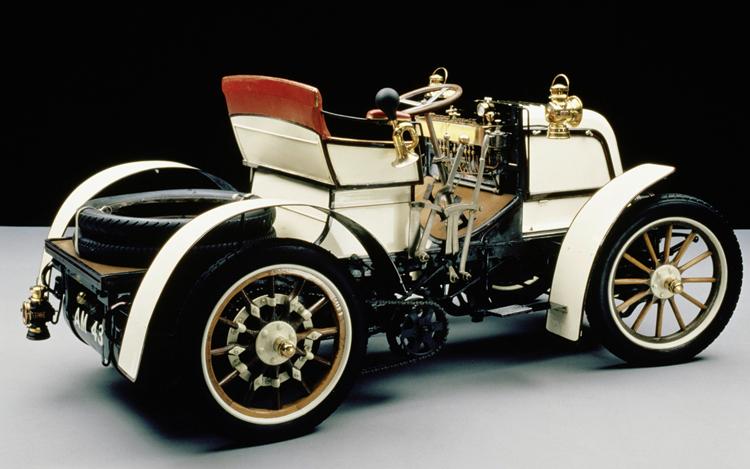 1898 Daimler-8-hp-Phoenix-Phaeton