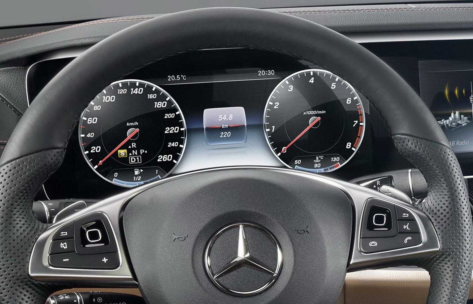 2017-Mercedes-E-Class-Interior-4