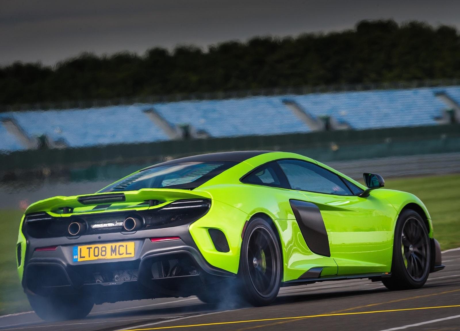 McLaren 675LT_3