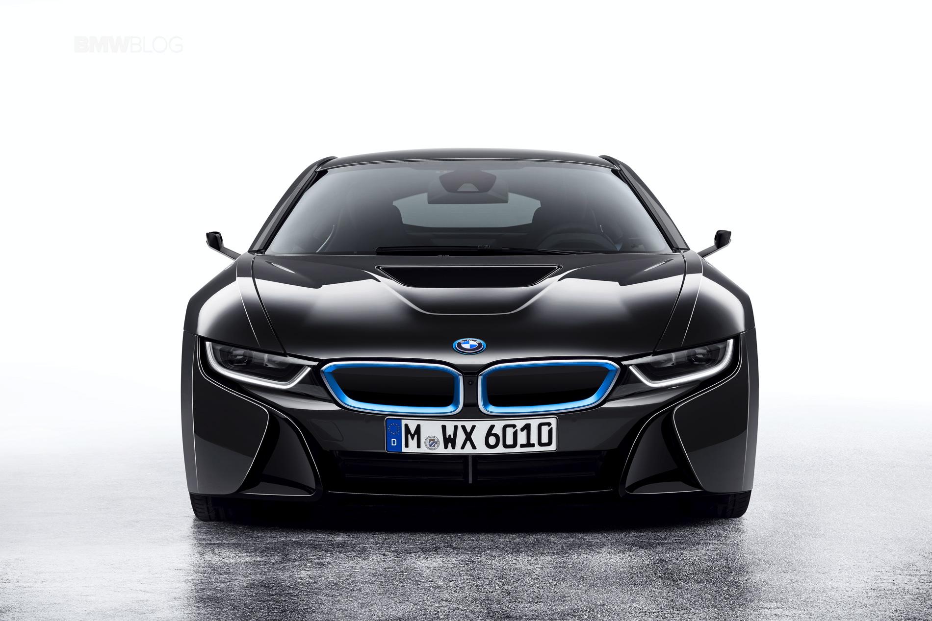BMW-i8-mirrorless-images-1