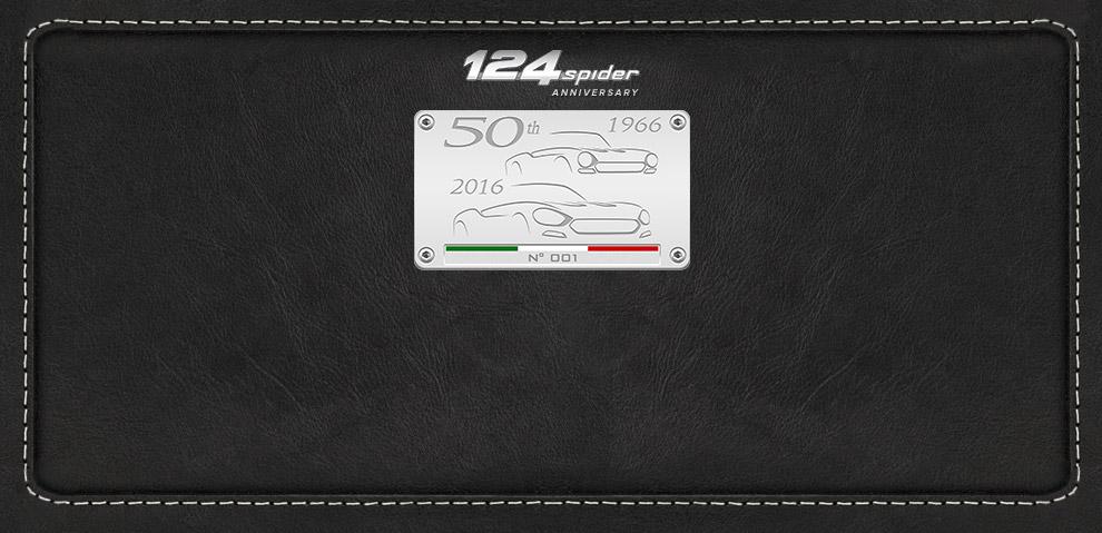 Fiat 124 Spider logo 50 jaar anniversary