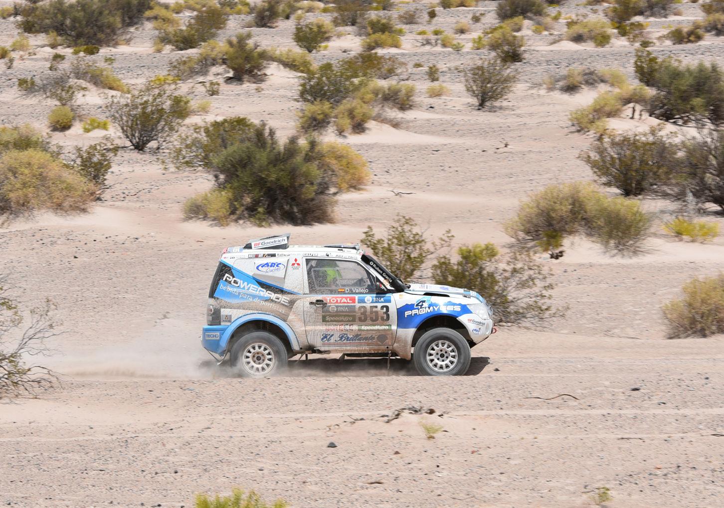 Mitsubishi Dakar 2016
