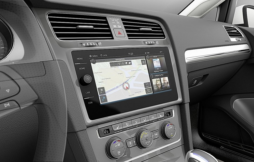 vw_egolf_touch_interior