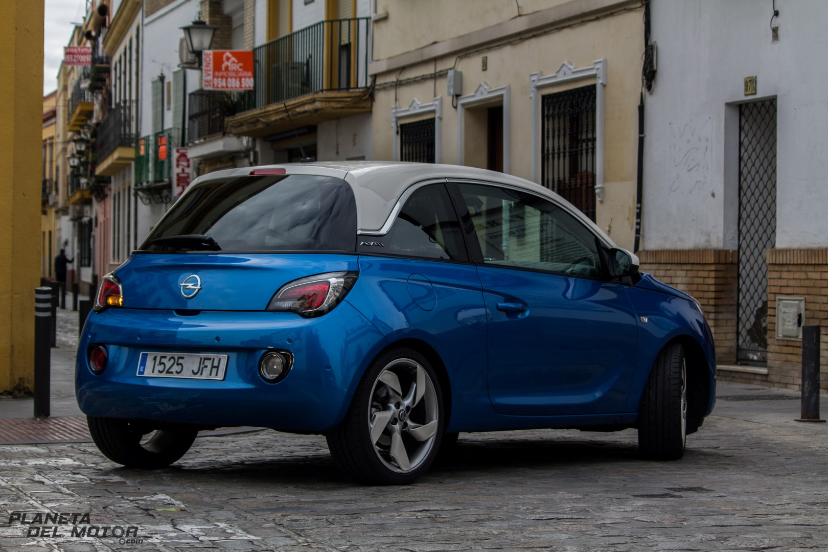 Opel ADAM-10 (Large)