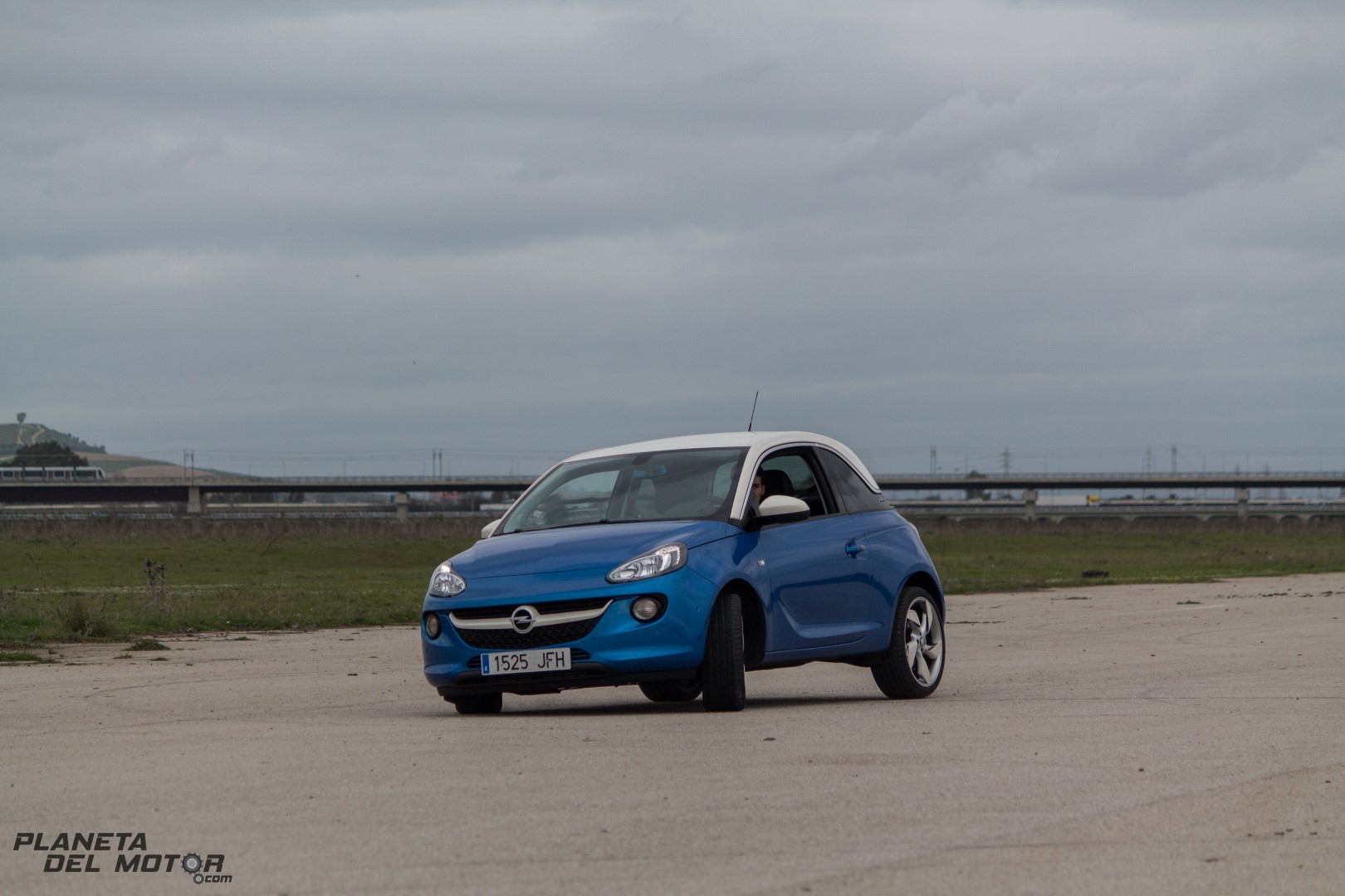 Opel ADAM-129 (Large)
