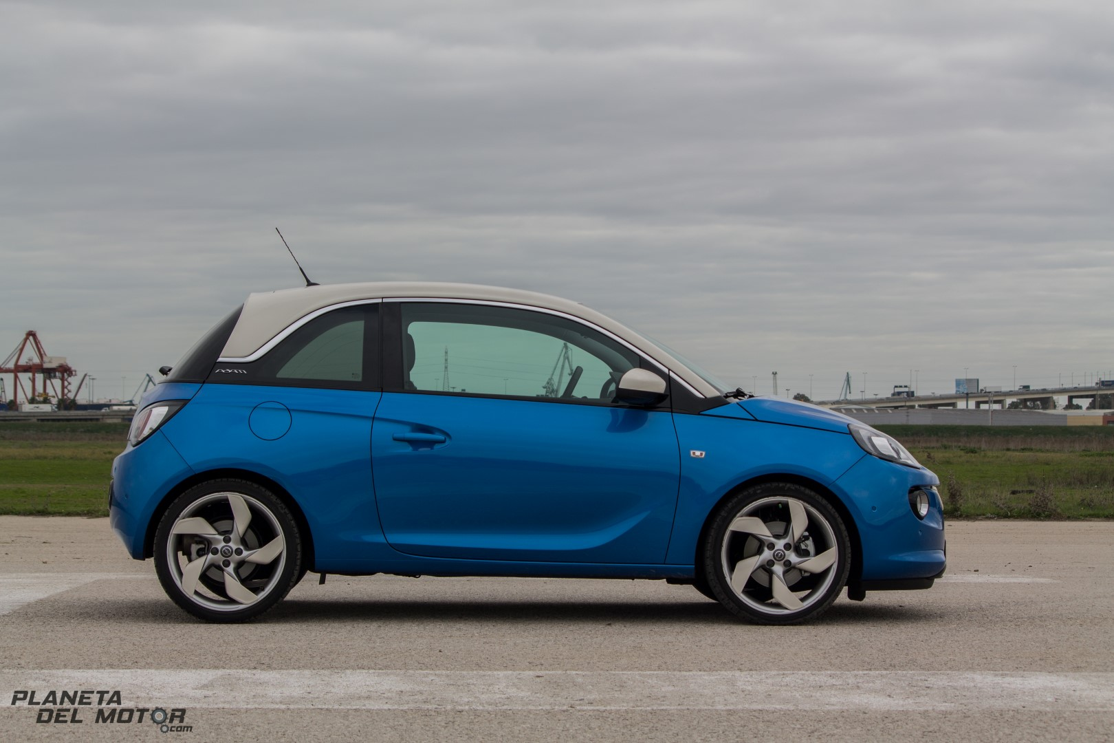 Opel ADAM-25 (Large)