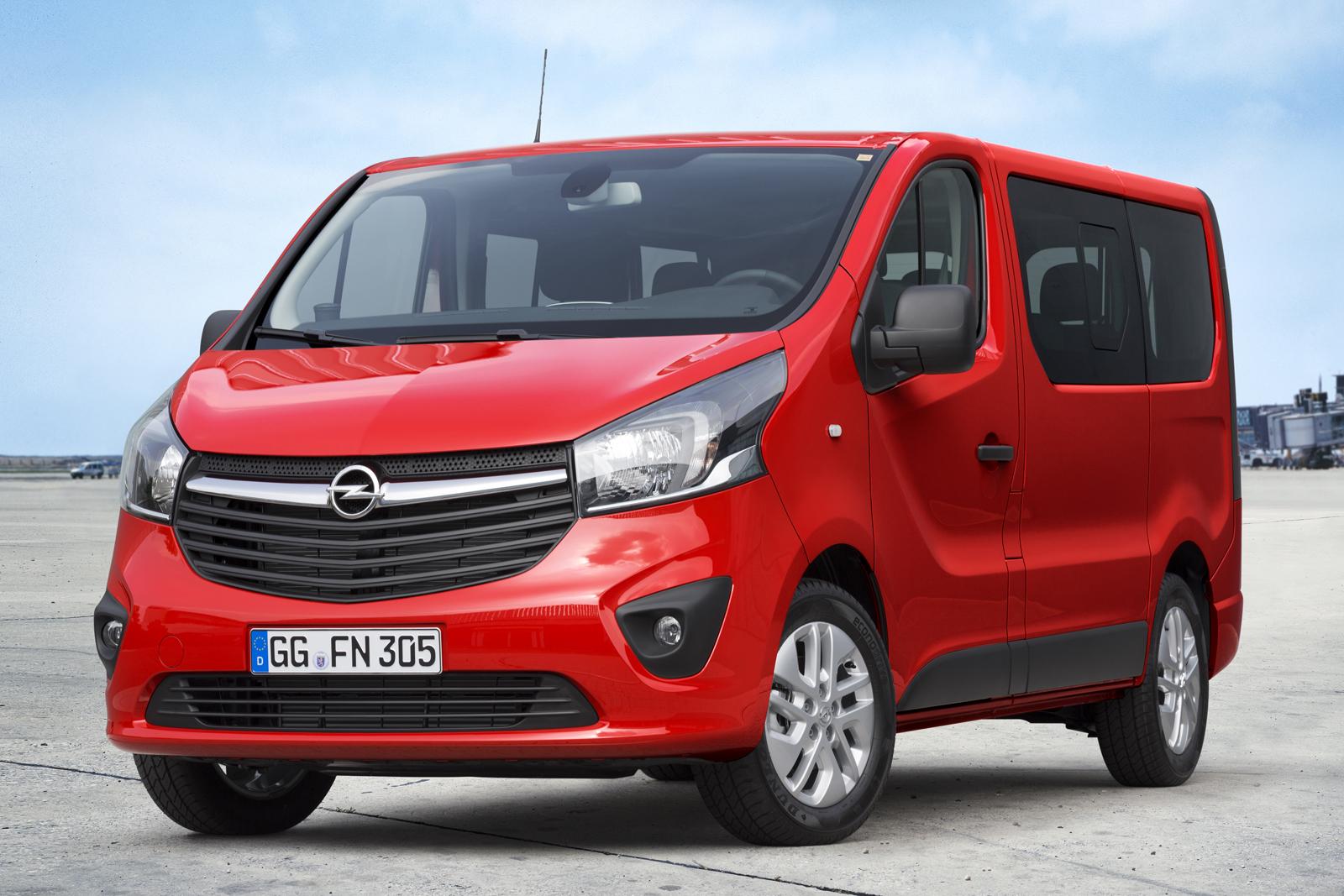 Opel-Vivaro-Combi-1