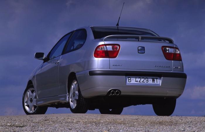 Seat-Cordoba-Cupra-1999-700x451