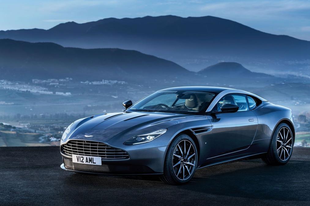 Frontal del nuevo Aston Martin DB11