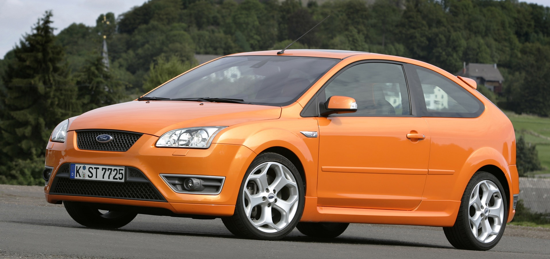 ford-focus-st-2007-4