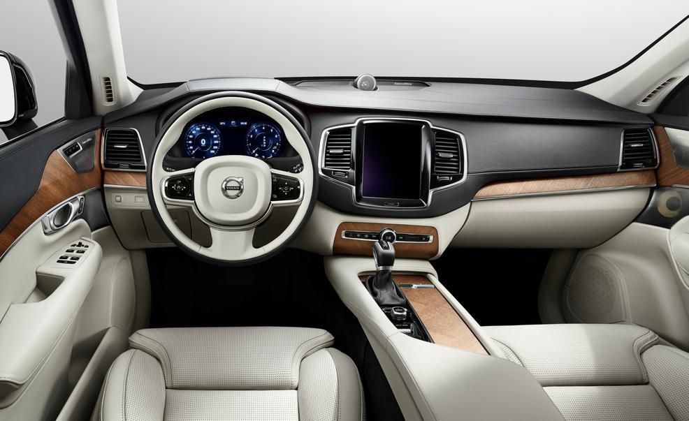 interior_volvoXC90