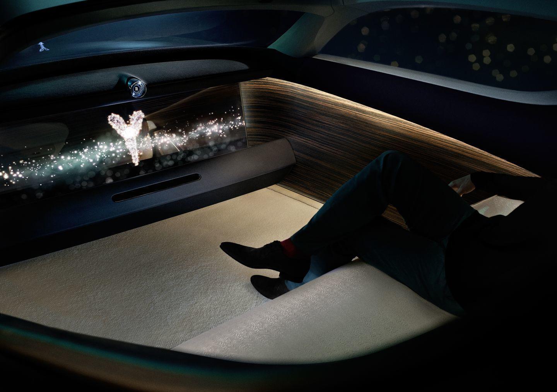 Rolls-Royce Vision Next 100-03