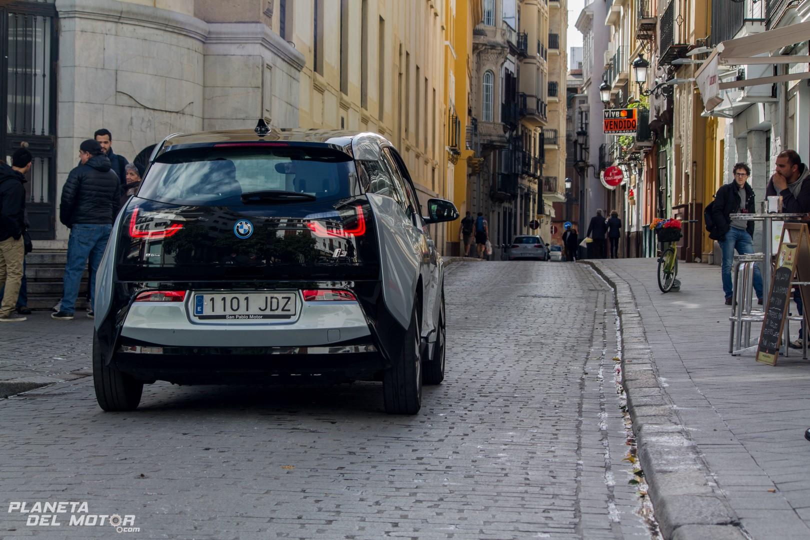 BMW i3 -18 (Large)