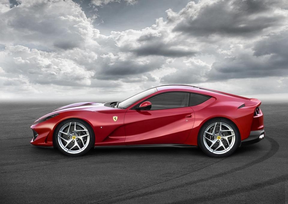 Ferrari-812-Superfast-Presentacion-2