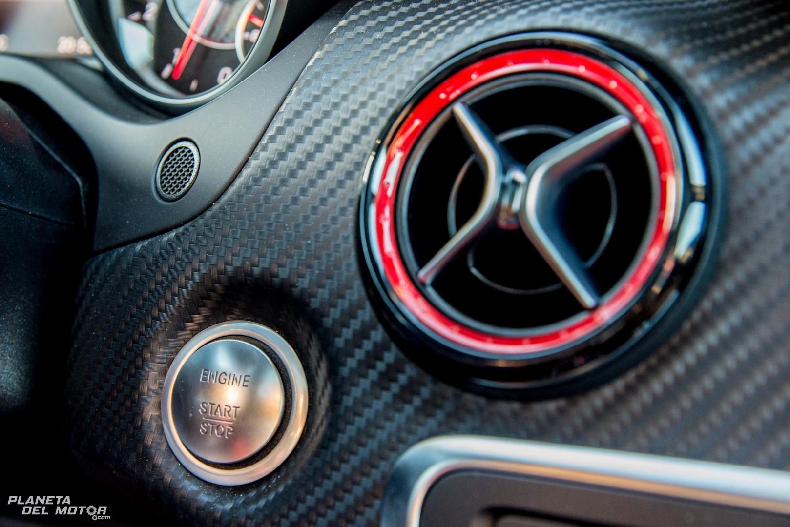 Interior clase a amg 4 planeta del motor for Interior clase a